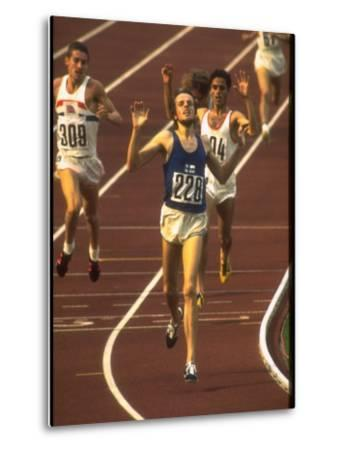 Swedish Athlete Lasse Viren in the Lead During 5,000M Race at Summer Olympics