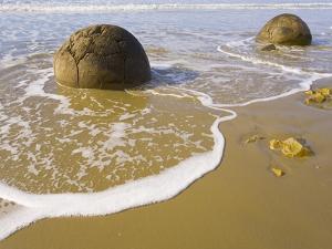 Large Moeraki Boulders on Koekoche Beach by John Eastcott & Yva Momatiuk