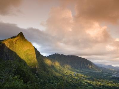 Nu'uanu Pali at Sunrise, Oahu, Hawaii by John Elk III