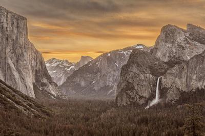 USA, California, Yosemite, Tunnel View