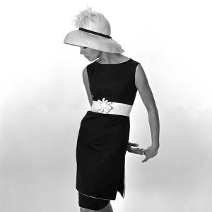 Black Sleeveless Dress with White Belt, 1960s by John French