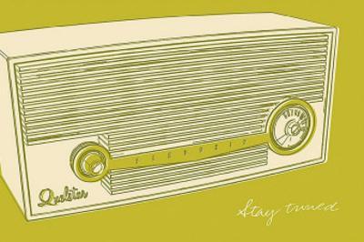 Lunastrella Radio by John Golden