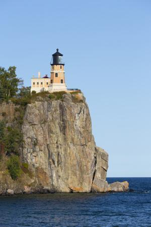 Michigan, Lake Superior North Shore, Split Rock Lighthouse by John & Lisa Merrill