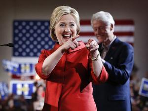 APTOPIX DEM 2016 Clinton by John Locher