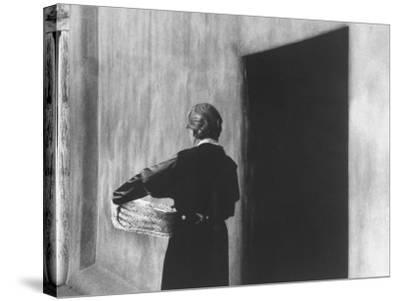 Georgia O'Keeffe Carrying a Basket