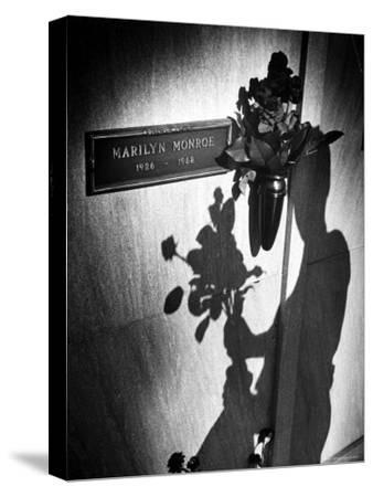 Half Dozen Red French Roses Ordered For Marilyn Monroe's Tomb Tri-weekly by Joe DiMaggio by John Loengard