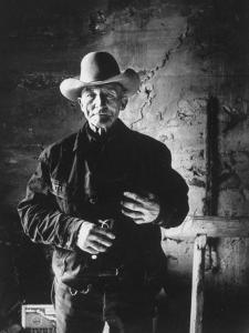 Raymond Holt, an Arizona Bachelor Cowboy for 57 Years by John Loengard