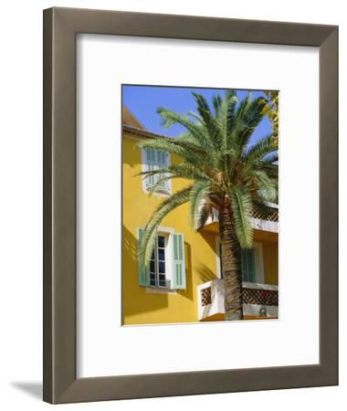 Yellow House and Palm Tree, Villefranche Sur Mer, Cote d'Azur, Provence, France, Europe