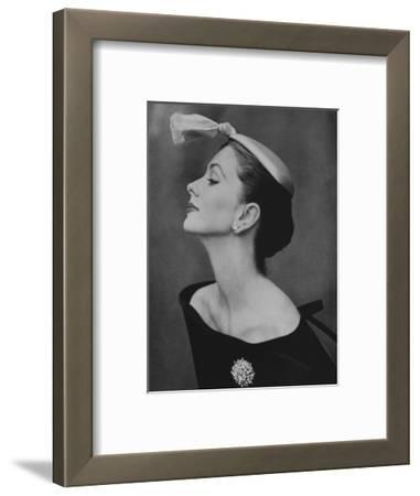 Vogue - August 1954 - Suzy Parker in Profile