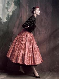 Vogue - October 1953 by John Rawlings
