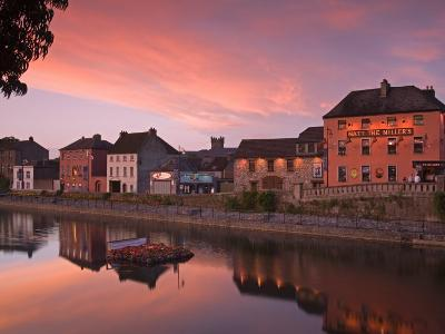 John's Quay and River Nore, Kilkenny City, County Kilkenny, Leinster, Republic of Ireland, Europe-Richard Cummins-Photographic Print