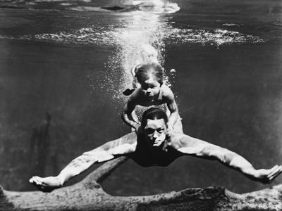 Johnny Weissmuller biography