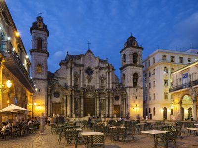 Catedral De la Habana, Plaza De la Catedral, Habana Vieja, Havana, Cuba by Jon Arnold