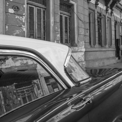 Classic 50s America Car in the Streets of Centro Habana, Havana, Cuba