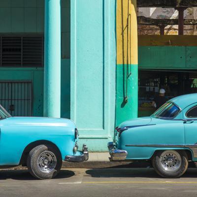 Classic 50s American Cars, Avenida De Italia, Centro Habana, Havana, Cuba