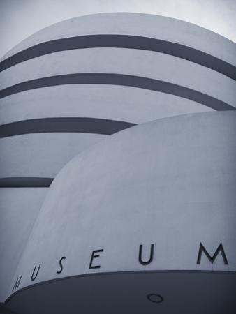 Guggenheim Museum (By Frank Lloyd Wright), Upper East Side, Manhattan, New York City, USA by Jon Arnold