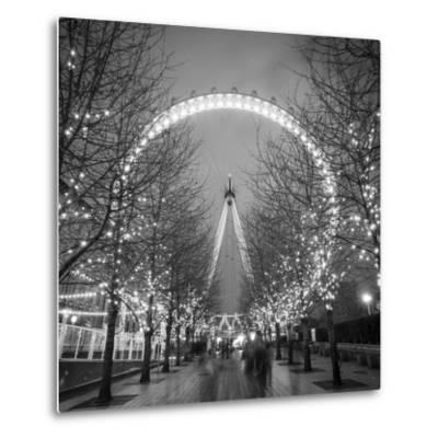 London Eye (Millennium Wheel), South Bank, London, England