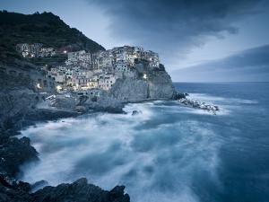 Manarola, Cinque Terre, Riviera Di Levante, Liguria, Italy by Jon Arnold