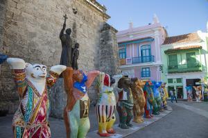 Plaza De San Francisco, Habana Vieja, Havana, Cuba by Jon Arnold