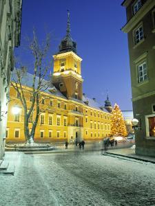 Royal Palace, Warsaw, Poland by Jon Arnold
