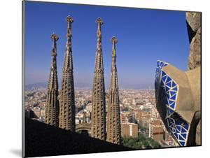 Sagrada Familia Cathedral, Barcelona, Spain by Jon Arnold