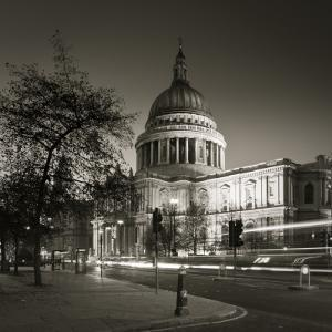 St. Paul's Cathedral, London, England by Jon Arnold