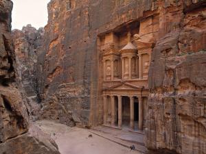 The Treasury, Petra, Jordan by Jon Arnold