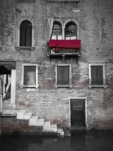 Venetian Building, Venice, Italy by Jon Arnold