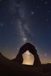 Delicate Arch at Night by Jon Hicks