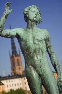 Sangen Statue at Stadhuset by Jon Hicks