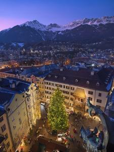 The Old Town Christmas Market, Innsbruck, Austria. by Jon Hicks