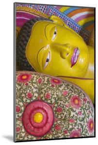 The Reclining Buddha at the Asgiriya Monastery by Jon Hicks