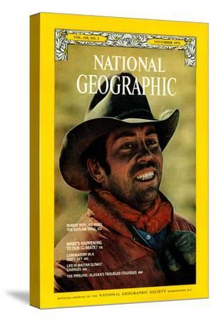 Cover of the November, 1976 National Geographic Magazine