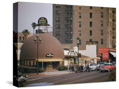 World Famous Brown Derby Restaurant on Wilshire Boulevard