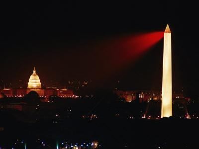 Highly Concentrated Laser Light Flashes Across the Potomac from the Top of the Washington Monument by Jr Victor R^ Boswell