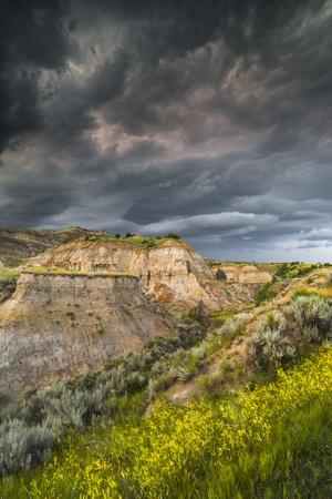 North Dakota, Theodore Roosevelt National Park, Thunderstorm Approach on the Dakota Prairie