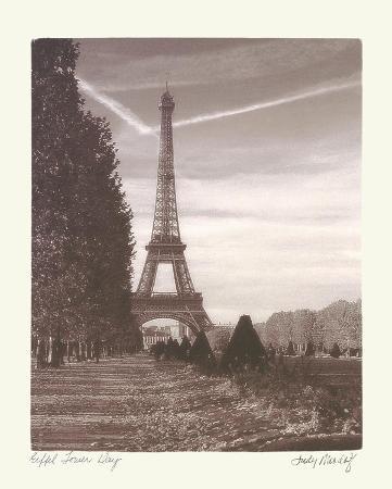 judy-mandolf-eiffel-tower-day
