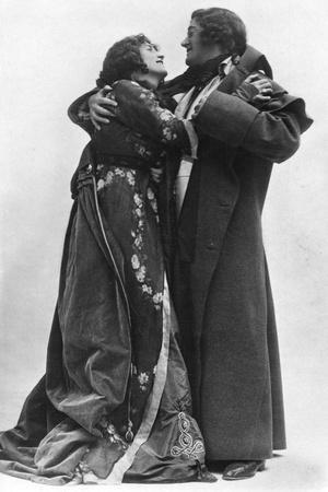 https://imgc.artprintimages.com/img/print/julia-neilson-and-fred-terry-in-the-scarlet-pimpernel-c1905_u-l-ptw7c90.jpg?p=0
