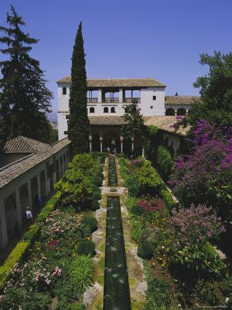Gardens of the Generalife, the Alhambra, Granada, Andalucia (Andalusia), Spain, Europe