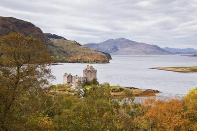 Eilean Donan Castle and the Waters of Loch Duich, Highlands, Scotland, United Kingdom, Europe