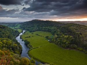 The Breaking Dawn Sky and the River Wye from Symonds Yat Rock, Herefordshire, England, United Kingd by Julian Elliott