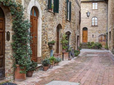 Europe, Italy, Tuscany, Pienza. Street Along the Town of Pienza