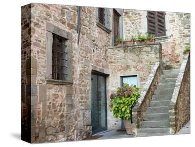 Europe, Italy, Tuscany. the Town of Volpaia