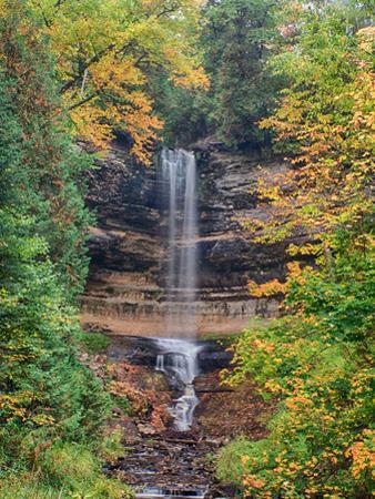 Michigan, Upper Peninsula. Munising Falls in Autumn