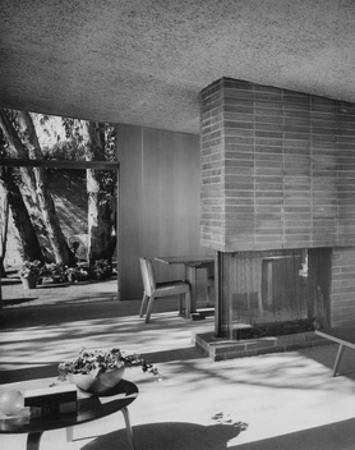 House & Garden - August 1949 by Julius Shulman