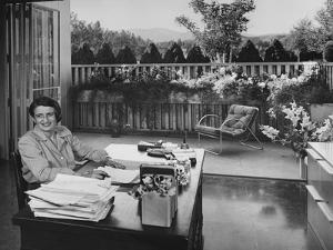 House & Garden - August 1949 by Julius Shulman