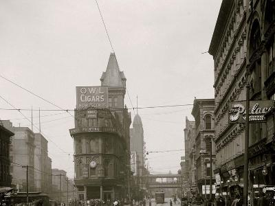 Junction of Main and Delaware Sts., Kansas City, Mo.--Photo
