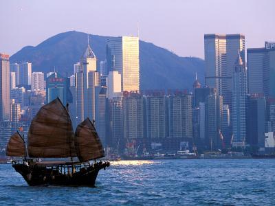 Junk Sailing in Hong Kong Harbor, Hong Kong, China-Paul Souders-Photographic Print