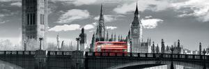London Bus VI by Jurek Nems