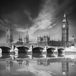 Westminster Palace by Jurek Nems